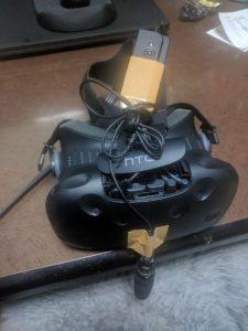 VTuber 音声録音用マイクの取り付け